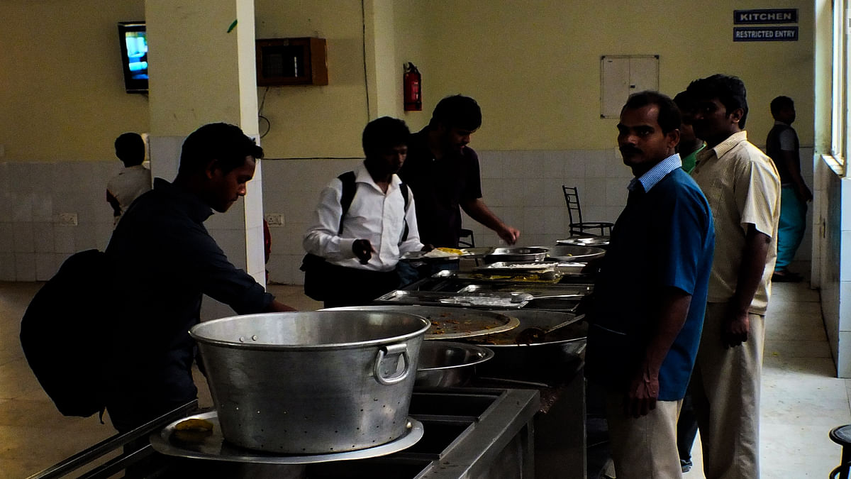 Plea for Community Kitchens: SC imposes additional Rs 5 lakh costs on States that failed to respond despite warning