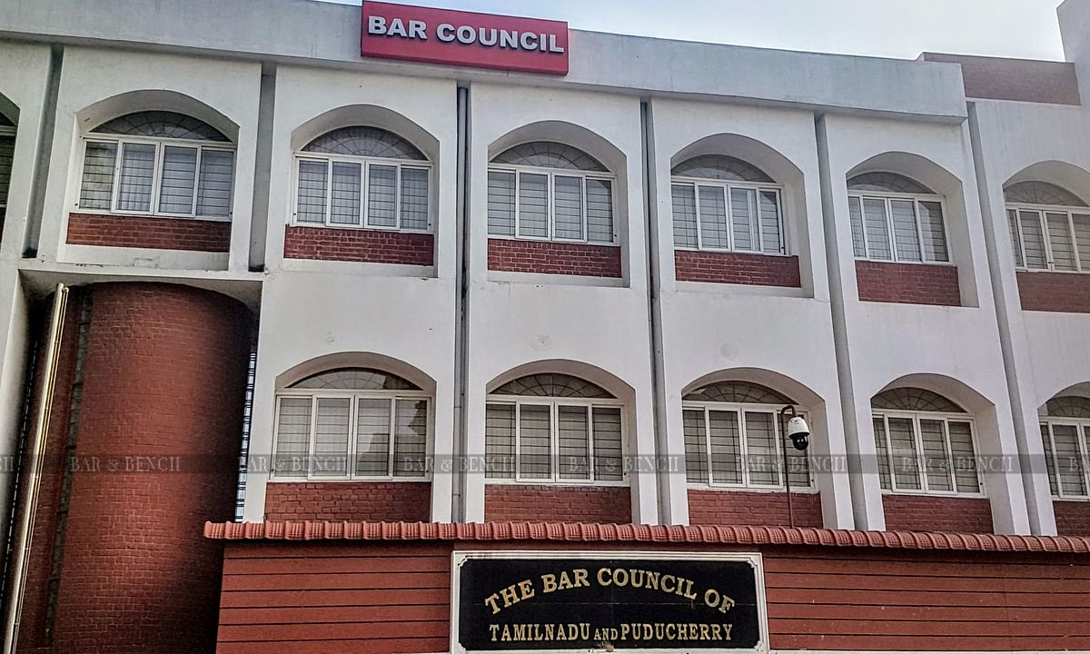 Madras HC stays all transfers of complaints from TN Bar Council to BCI on account of delay; questions validity of Section 36B, Advocates Act