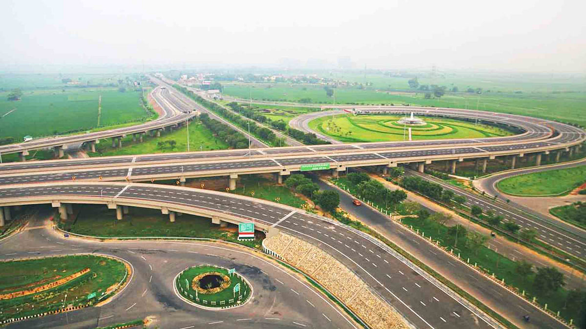 Allahabad HC orders status quo in cancellation of JAL land lease by Yamuna Expressway Development Authority subject to Rs 100 crore deposit