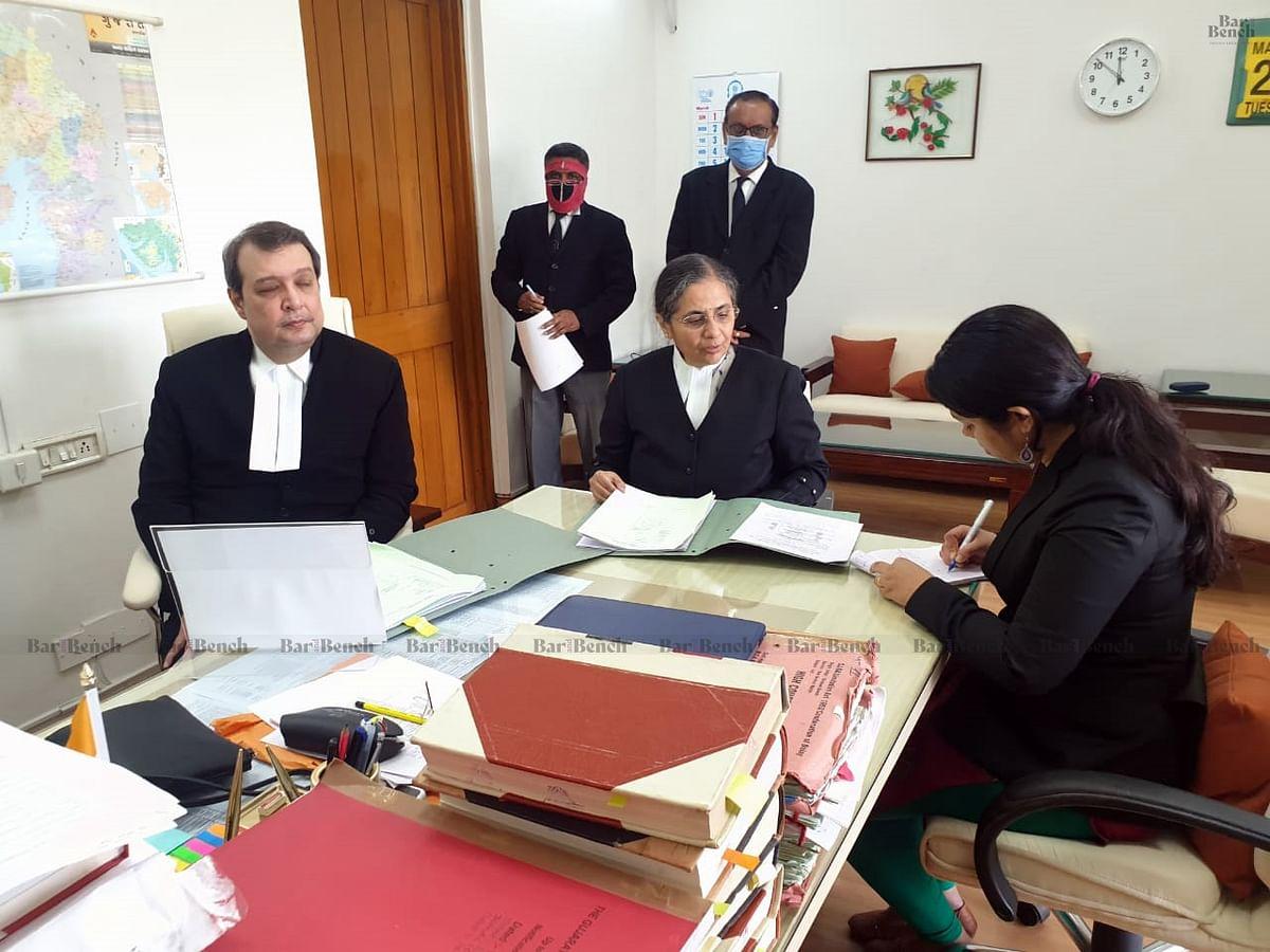 Justice Pardiwala along with Justice Bela Trivedi hearing matters Online