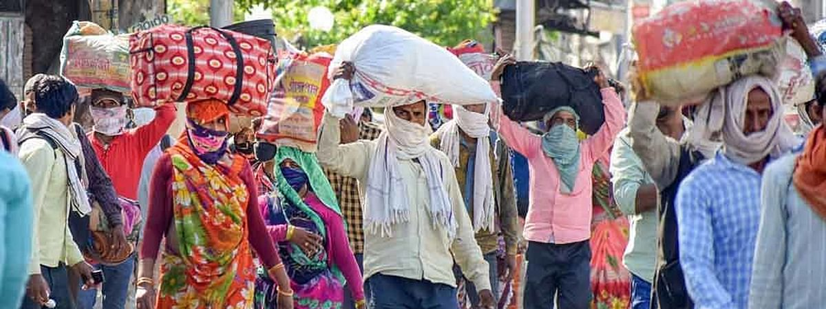 [Coronavirus Lockdown] No movement across cities, Landlords cannot take rent from workers including migrants for one month: MHA