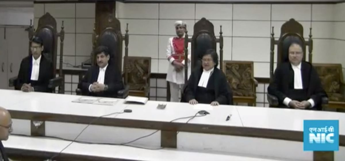 [Live Streaming amid COVID-19 Lockdown] Three judges of the High Court for J&K and Ladakh take oath of office