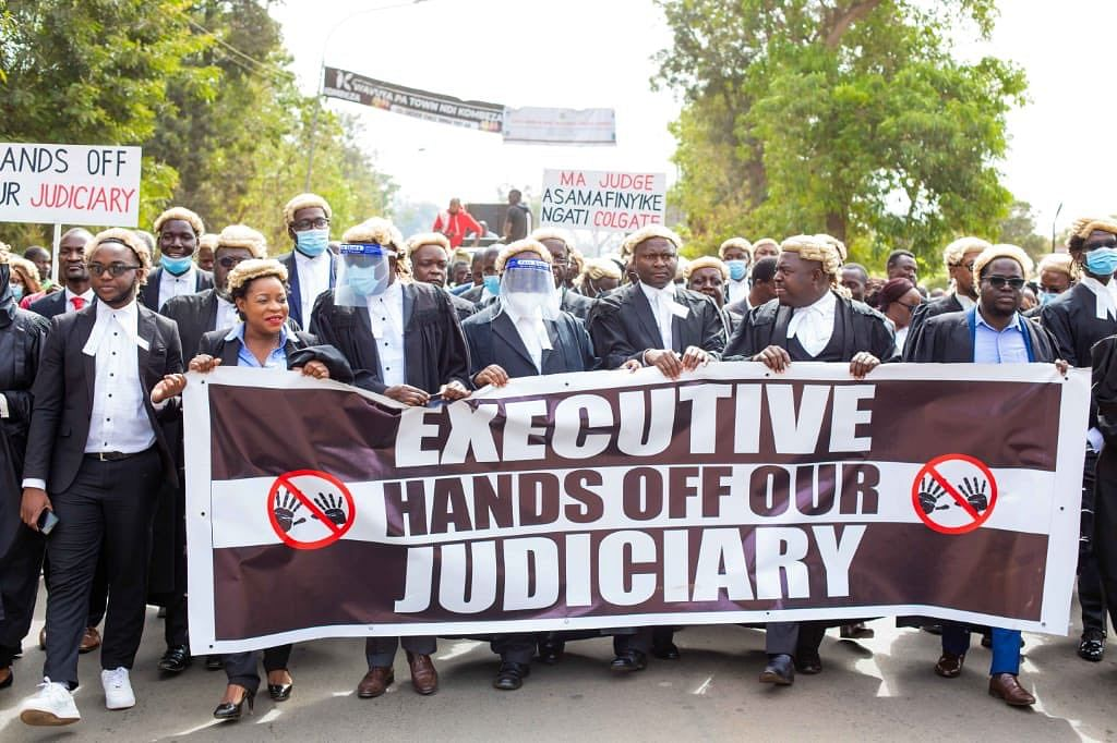 "Malawi Judiciary hits back at President's attempt to send Chief Justice on leave as lawyers urge Executive to get ""hands off"" Judiciary"