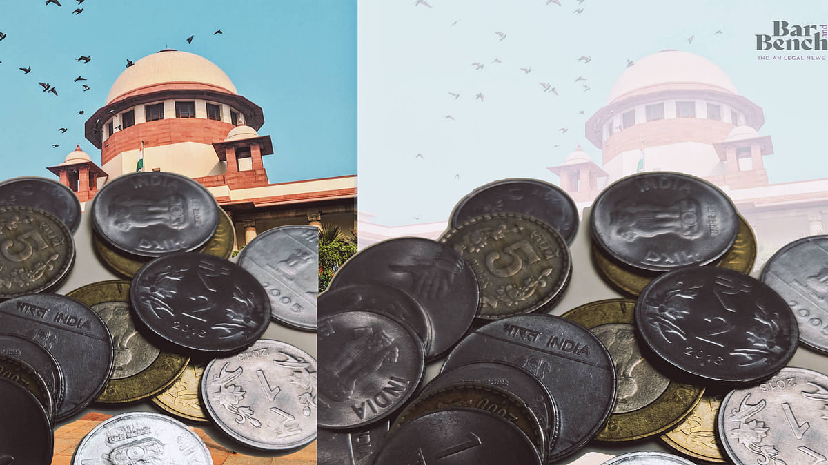 Symbolic protest: SC lawyers collect 50 paise coins to raise Rs 100 fine imposed on Lawyer who filed plea alleging Registry bias