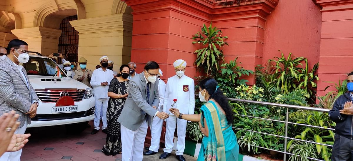 Karnataka HC Chief Justice Abhay Oka wins hearts as he welcomes court staff who recovered from COVID-19 back to work