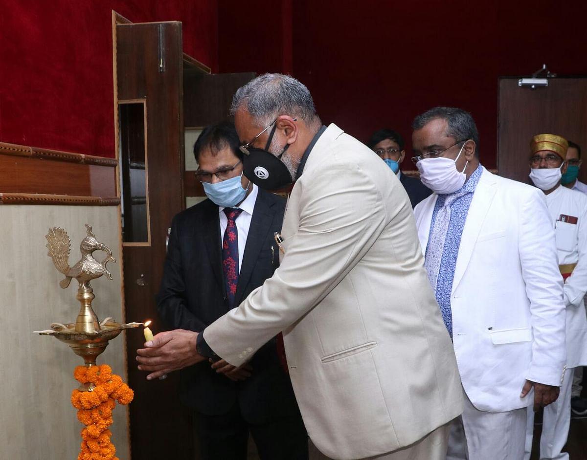 Chief Justice of Chhattisgarh High Court, PR Ramachandra Menon inauguarates the e-Lok Adalat