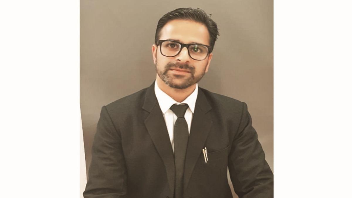 J&K High Court lawyer, television panellist shot dead by unknown gunmen in Srinagar