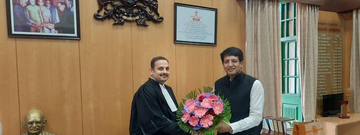 Aruna Shyam with Advocate General
