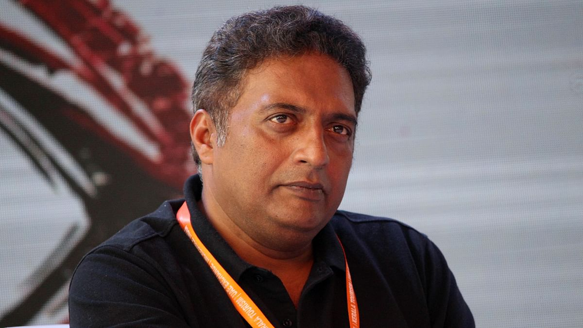 Karnataka HC declines to quash FIR against Prakash Raj and two others for campaigning at protest meet, public nuisance