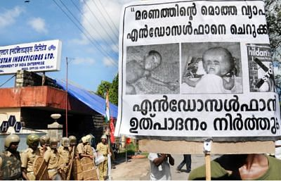 Kerala HC refuses to quash criminal case against ex-plantation worker who set up placard claiming Endosulfan tragedy was a hoax [Read Order]