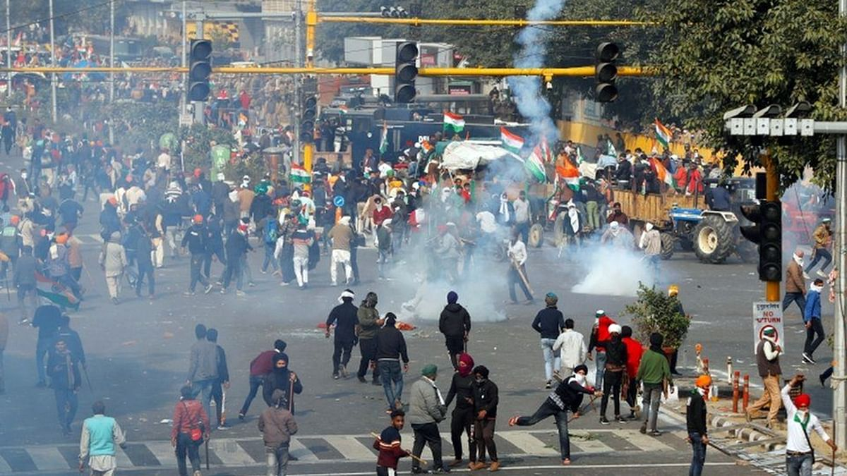 [Farmers Tractor Rally] Delhi Police registers FIR for rioting, damaging public property, attempt to murder