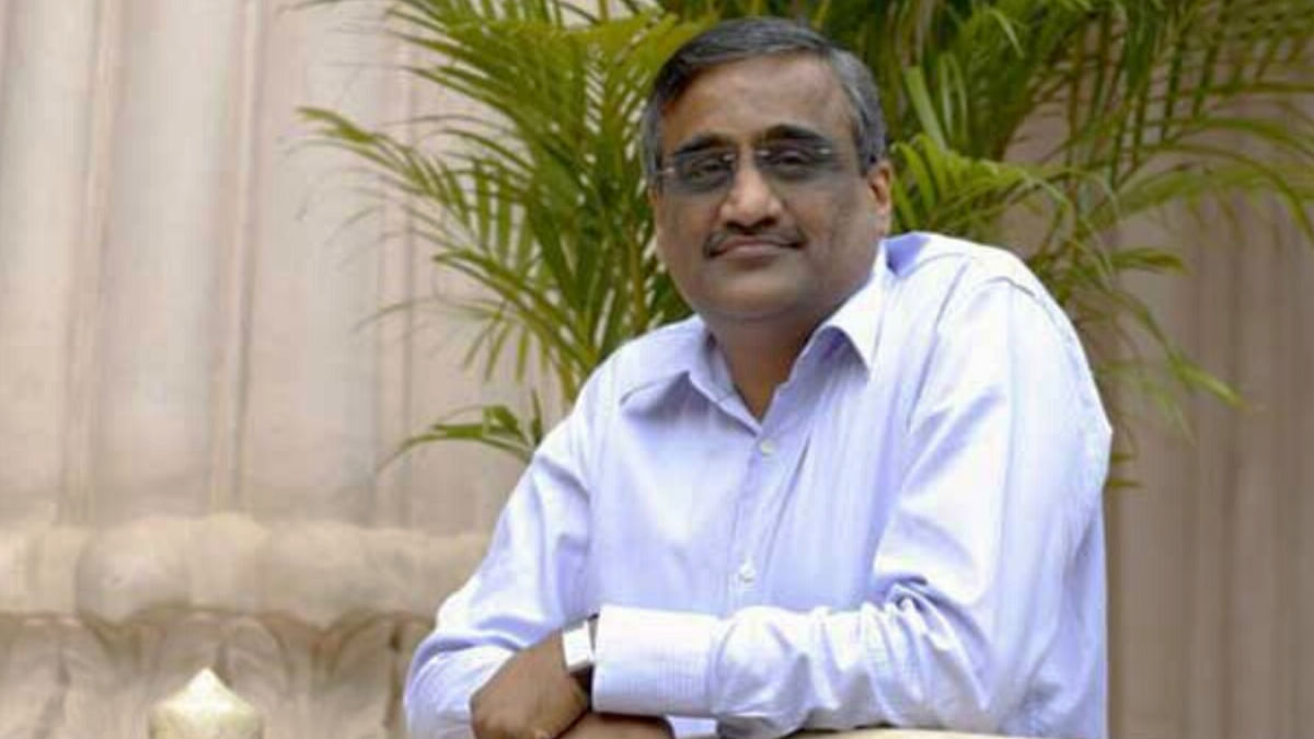 Kishore Biyani banned from trading in securities market for two years, SEBI asks Future Group CEO to cough up 20 crore+ for insider trading