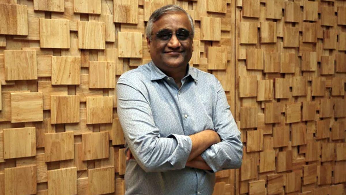 SAT stays SEBI order barring Future, Kishore Biyani from dealing in securities market