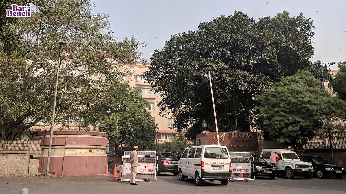 We have not made any request for 5-star COVID facility, all we want is hospitalisation: Delhi High Court
