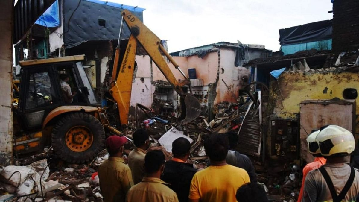"""""""Poor impression of BMC in the country,"""" Bombay High Court initiates judicial probe into Malad building collapse incident"""