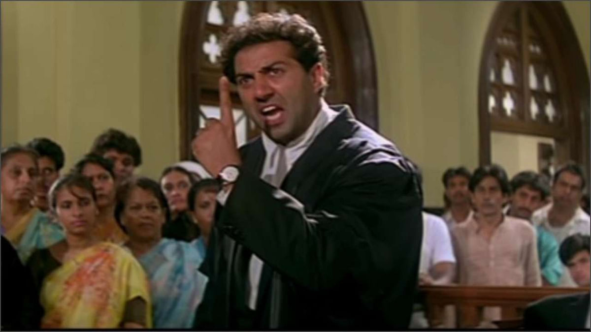 """Is this the reel life? Man screams """"tareekh par tareekh"""", damages equipment in Delhi Court over delay in case hearing"""