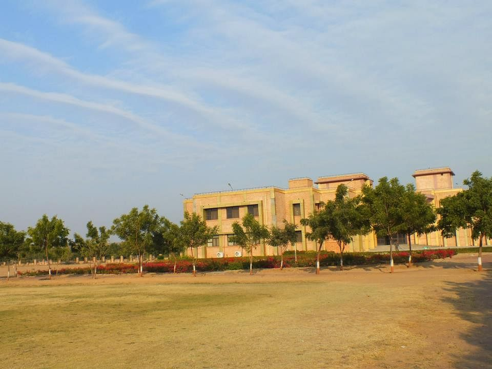 Recruitment Tracker AMSS and Luthra top recruiters for NLU Jodhpurs Class of 2012
