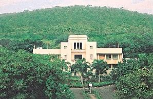 ILS Pune wins Surana & Surana Corporate Law Moot; MS Ramaiah clinches second