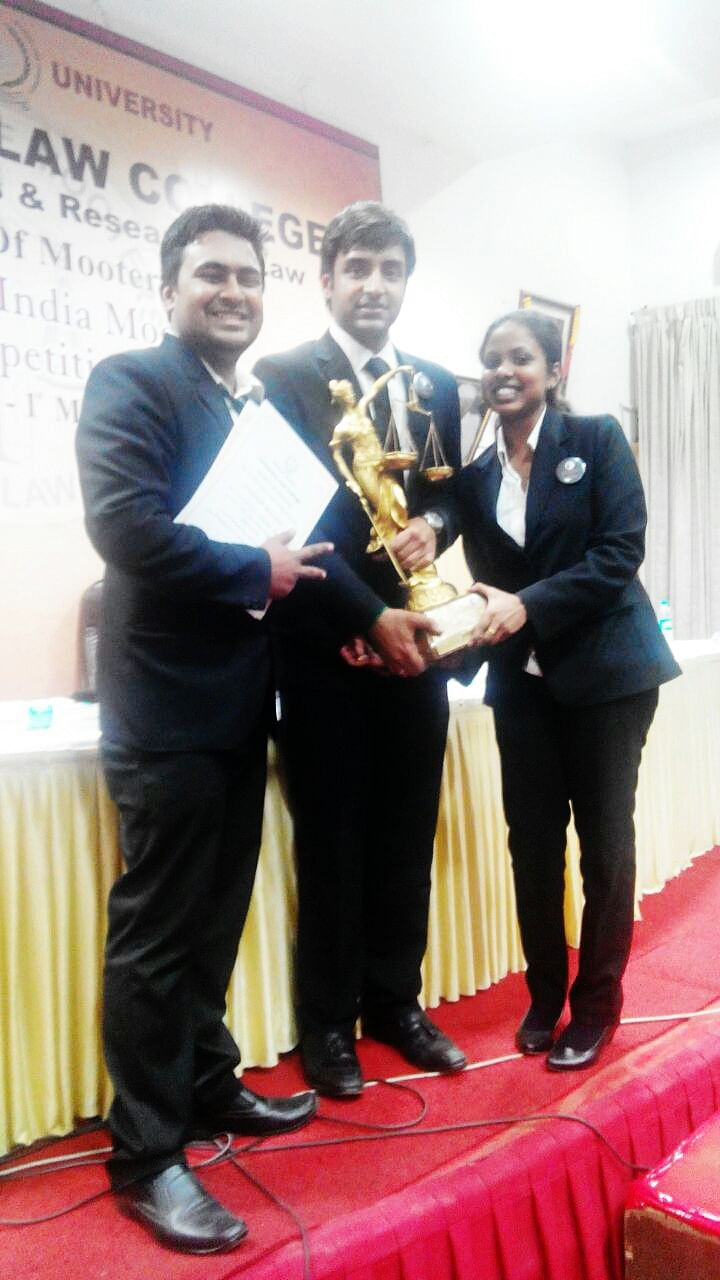 CMR Law School wins ULC Bangalore's 19th All India Moot Court Competition; NLUO clinch second