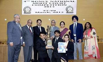 SLS, Pune wins the RGNUL National Moot Court Competition; NUSRL, Ranchi clinch second