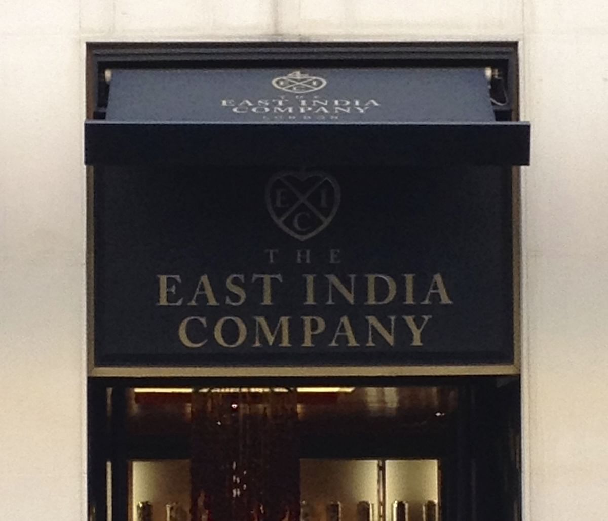"""Alien invasion"" , ""the new East India Company""  – SILF on the entry of foreign law firms"