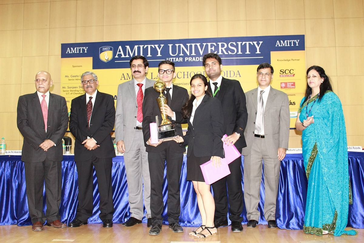 The winning NLIU team of Addway Bandyopadhyay, Vikram Amrawanshi and Madhura Khandekar