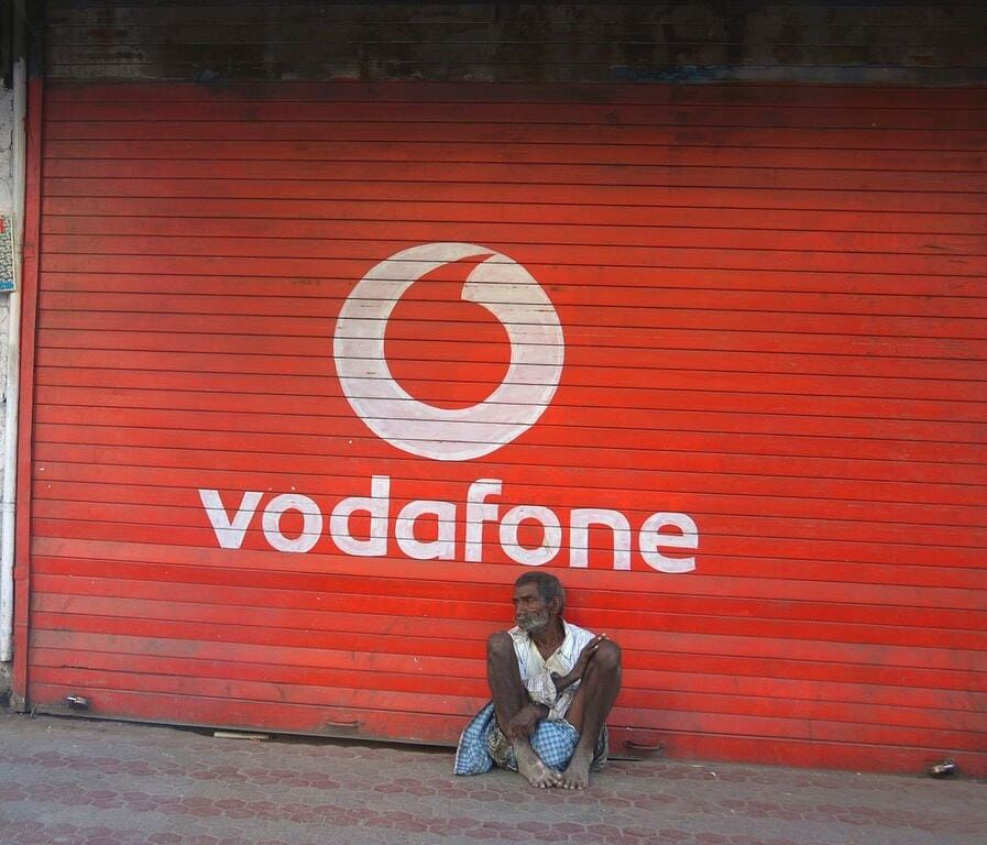 Vodafone approaches Delhi HC against TRAI's Rs. 1,050 crore penalty