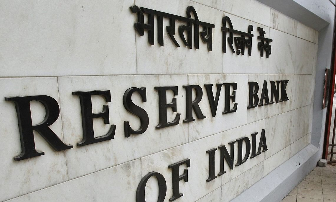 Supreme Court seeks reply from Centre, RBI on CREDAI's plea for clarification on RBI circular on moratorium