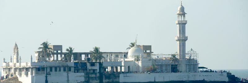 Thanks to the Bombay HC, women can enter Haji Ali