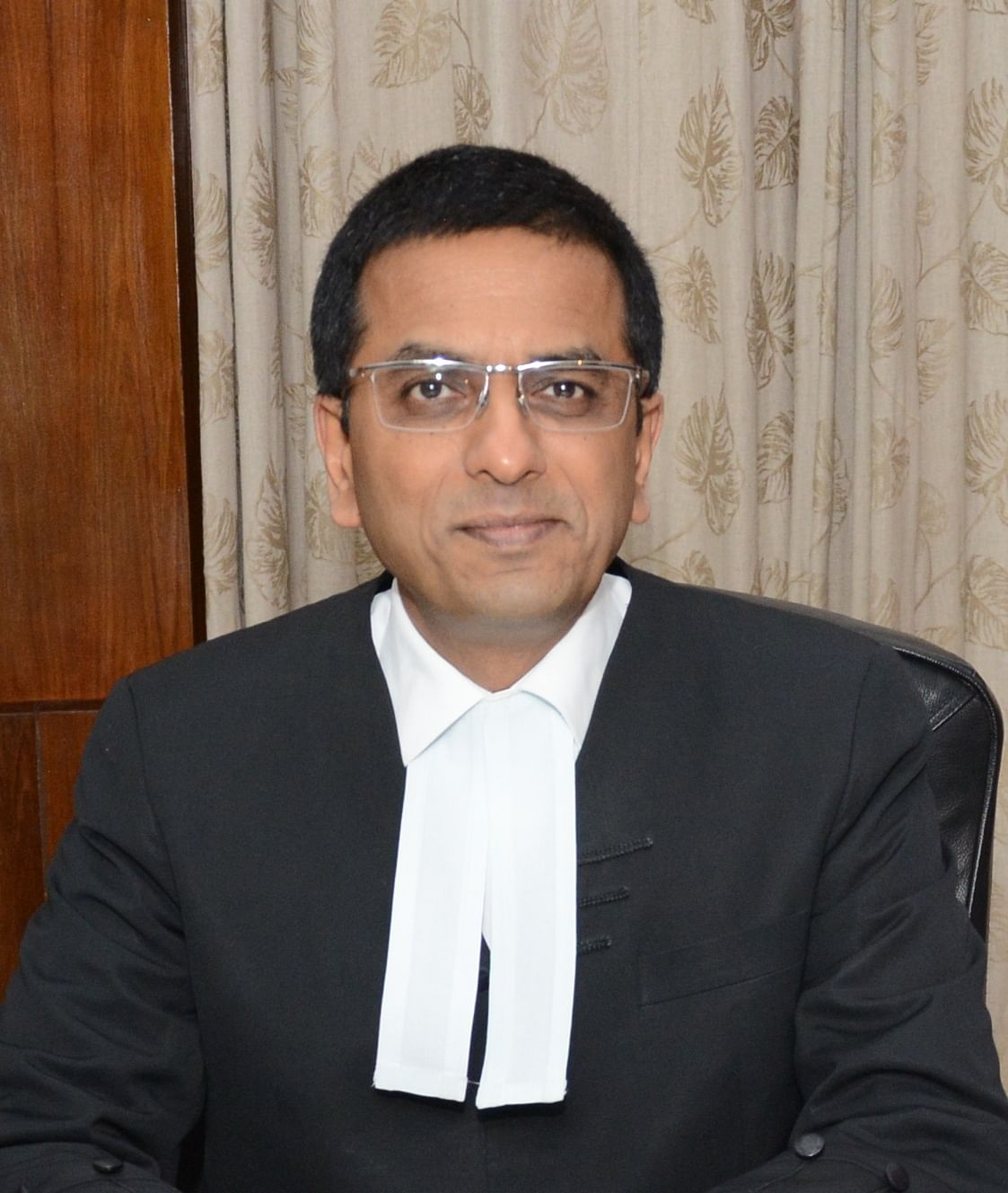 "Justice Chandrachud (<a href=""http://www.allahabadhighcourt.in/image/judges/dychandrachud2013.jpg"">Source</a>)"