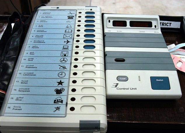Centre opposes use of Totaliser in EVMs to hide booth-wise voting pattern