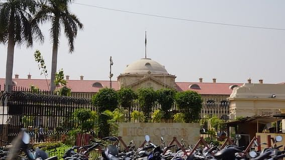 Courts not to entertain appearance of Advocates not enrolled, where preparation of Advocates' Rolls complete: Allahabad HC