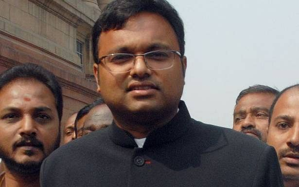 Karti Chidambaram seeks refund of his security deposit, Vacation Bench asks him to mention before CJI Gogoi