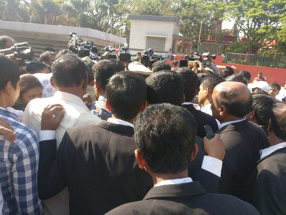 District Court Bar Associations call for strike tomorrow and ask lawyers to reach SC at 10am