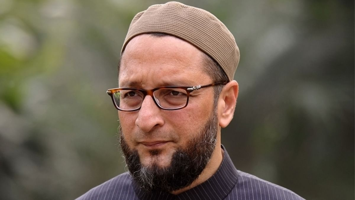 """Rao had obtained bail for Owaisi, who would later become his political rival (<a href=""""http://static.dnaindia.com/sites/default/files/styles/full/public/2017/05/02/571381-561701-422124-rna-owaisi.jpg"""">Source</a>)"""