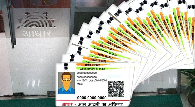 Madras HC issues Notice in Petition to link Aadhaar with Voter ID [Read Petition]