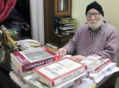Author of Textbook on Law of Contract and Specific Relief, Dr. Avtar Singh passes away