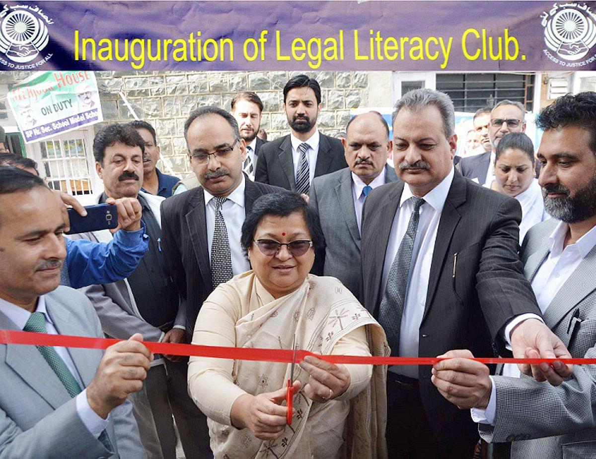 Chief Justice Gita Mittal inaugurates Legal Literacy clubs for schools in Jammu & Kashmir