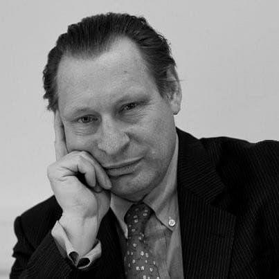 Kochhar appoints British lawyer, Robert Sliwinski as Senior Partner in Dubai