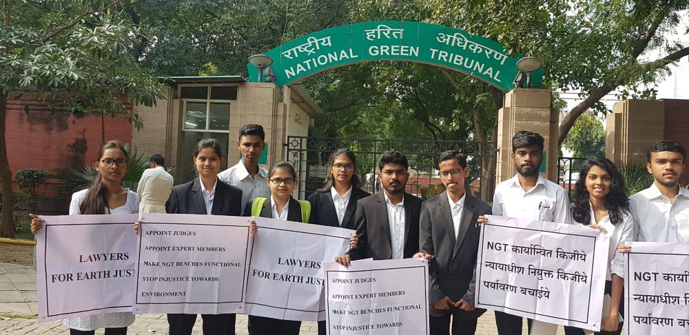 Law Students from Maharashtra stage protest outside NGT Delhi against burgeoning vacancies