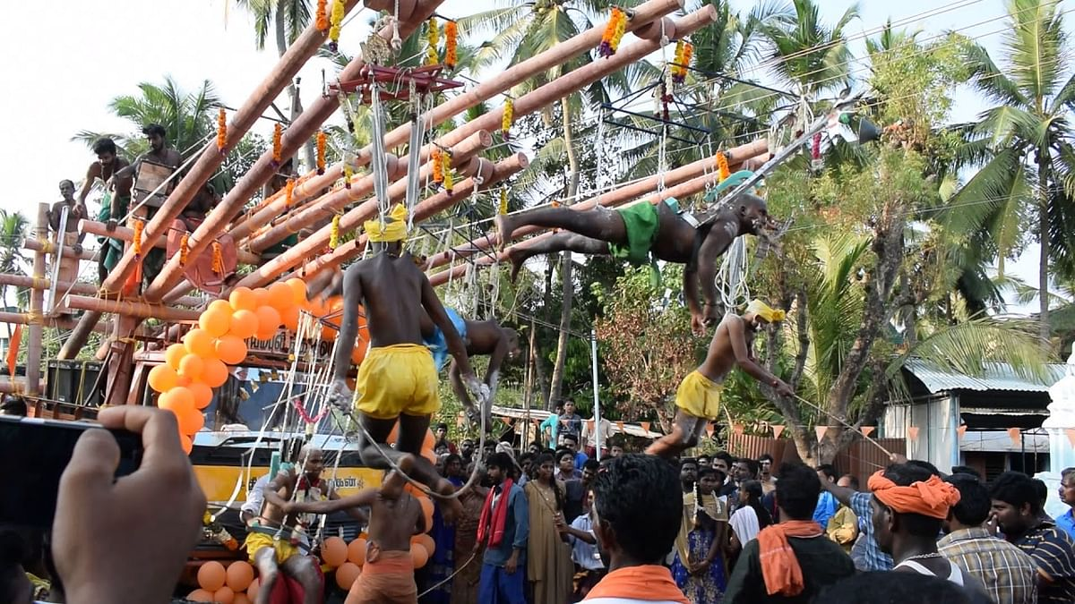 No God expects anybody to torture self for atonement, Madras HC on Parakkum Kavadi