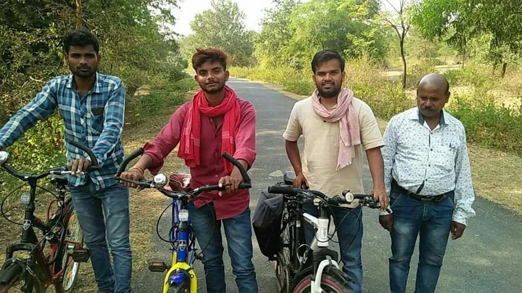 Yogi and his team set out on a day's ride