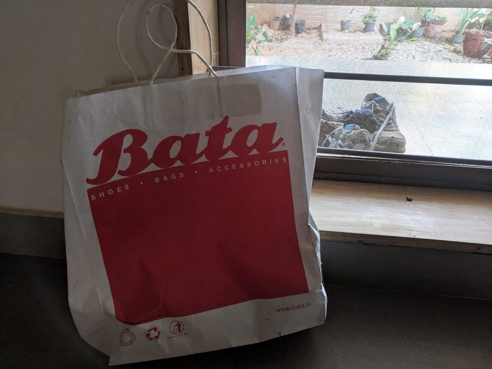 Charging for carry bags amounts to unfair trade practice, Consumer Forum rules against Bata [Read Order]