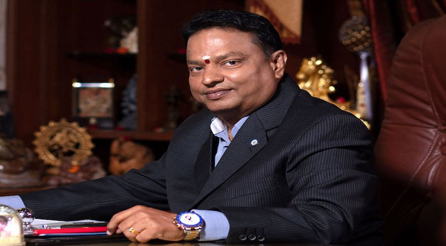 Ishari Ganesh undertakes to pay Rs 10 lakh in contempt case, Madras HC accepts unconditional apology