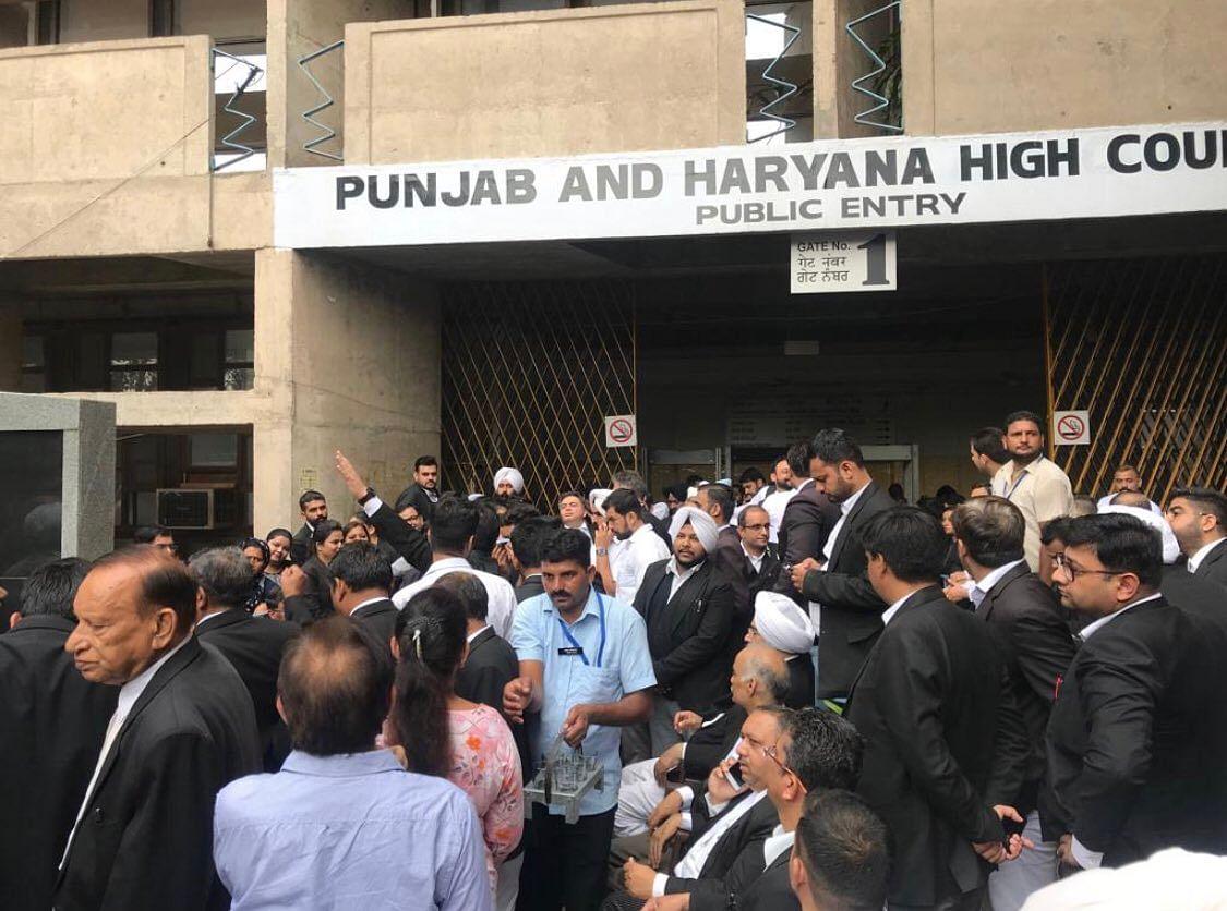 Implementation of notification re Haryana Administrative Tribunal deferred [Read Punjab & Haryana HC Order]