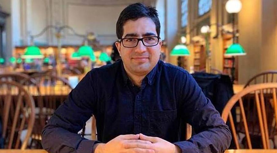 Shah Faesal not in unauthorized custody, was lawfully detained after court order: J&K Govt tells Delhi HC