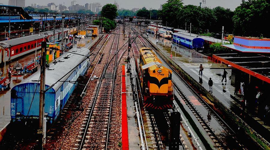 Delhi HC issues notice in plea seeking highest standards of security measures in Railway stations
