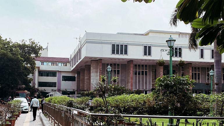 COVID-19 के कारण अंतरिम सिविल आदेशो पर कोई स्थायी रोक नही; सुनवाई की अगली तारीख पर अंतरिम आदेश समाप्त होंगे: दिल्ली HC