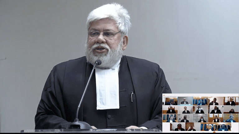 एक मुख्य न्यायाधीश पहले न्यायाधीश होता है और उसके बाद ही मुख्य होता है: मद्रास HC के मुख्य न्यायाधीश संजीब बनर्जी ने ली शपथ
