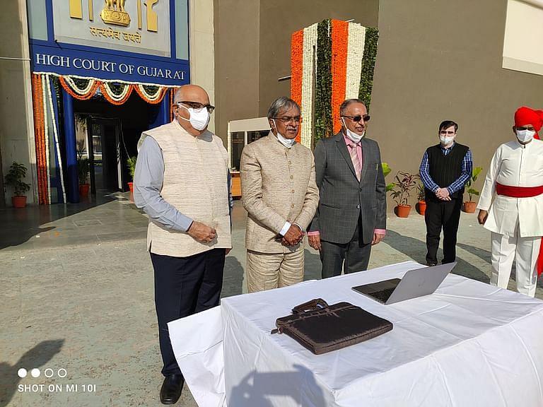 गुजरात उच्च न्यायालय के मुख्य न्यायाधीश विक्रम नाथ ने गुजरात राज्य विधिक सेवा प्राधिकरण के लिए नई वेबसाइट का उद्घाटन किया